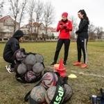 Na Okęciu grają też Panie .. pierwszy trening  piłkarek na R1  - RKS Okęcie Warszawa