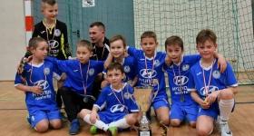 """Złoty medal w turnieju halowym """"OSiR Włochy CUP"""" 03.03.2018 (rocznik 2009)"""