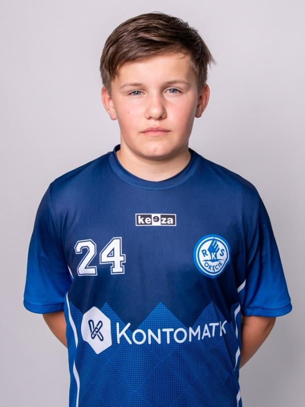 24. Julian Król